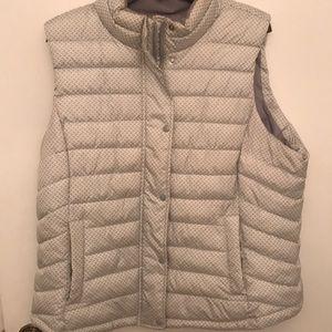 Gap white/gray puffer vest. Like new
